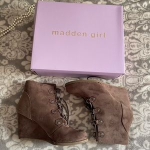 Never worn Madden Girl ankle booties